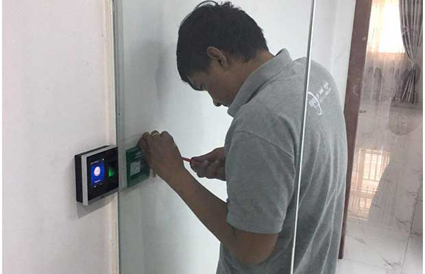 Door Access Control - Installation of Door Security System